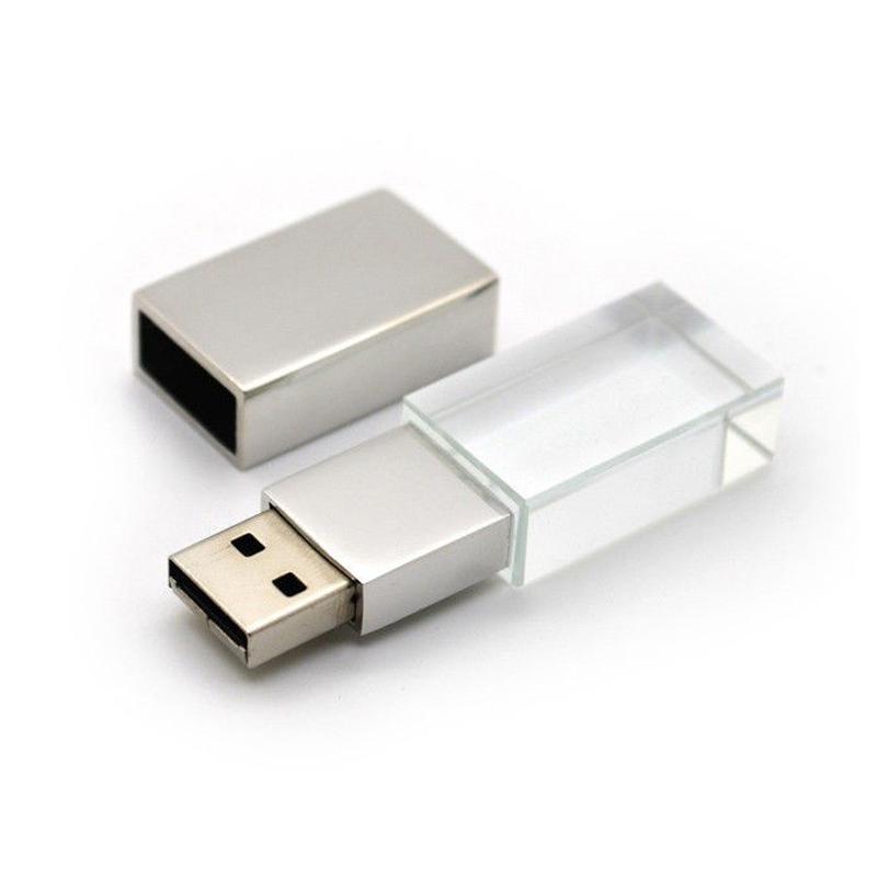 MEMORIA USB CRISTAL CON LUZ. CAPACIDAD 8GB