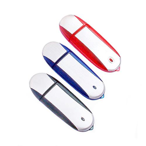 Memoria USB de Plastico en forma ovalada con tapa y luz.