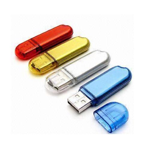 Memoria USB de Plastico en forma ovalada con tapa transparente.